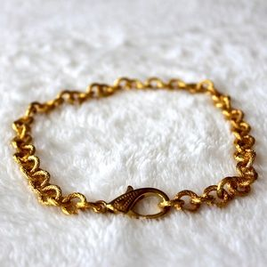 Jewelry - Textured Gold Chain